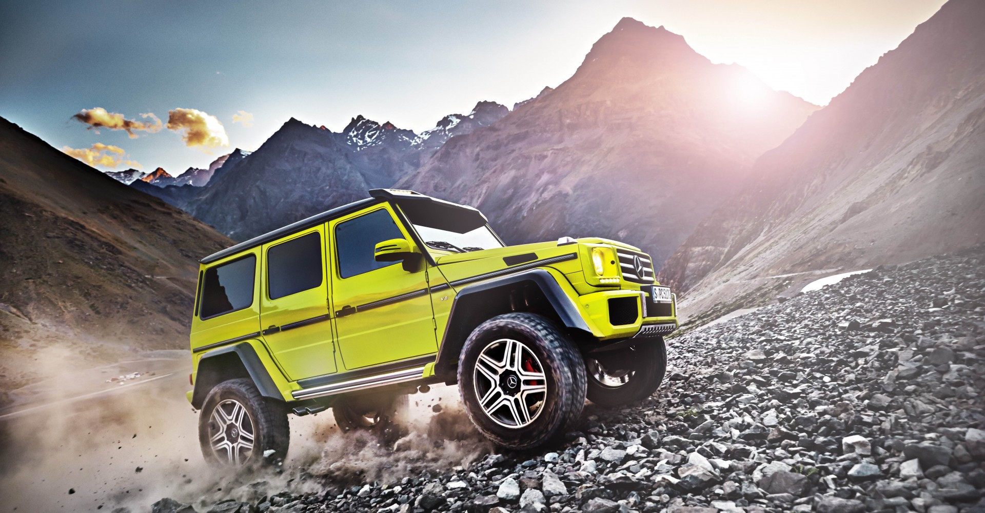 If You Thought Off-Road Driving Was Getting Too Tame, Check Out The Mercedes G500 4×4²