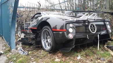 Pagani Zonda crash London
