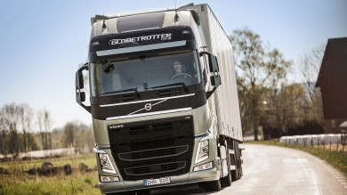 FH with I-Shift dual clutch