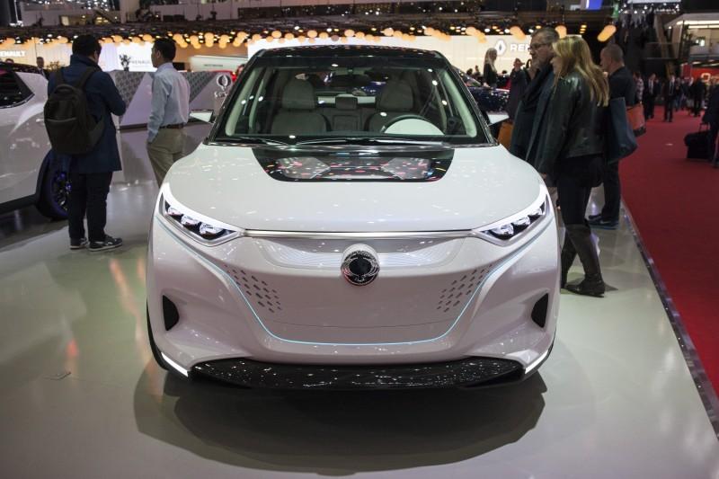 Geneva M S - 2015 - SsangYong Tivoli EVR Concept  -1
