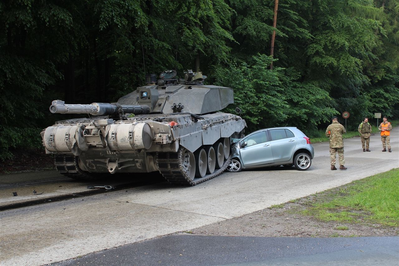 Tank Camouflage So Good Learner Doesn't See It Coming, Gets Flattened