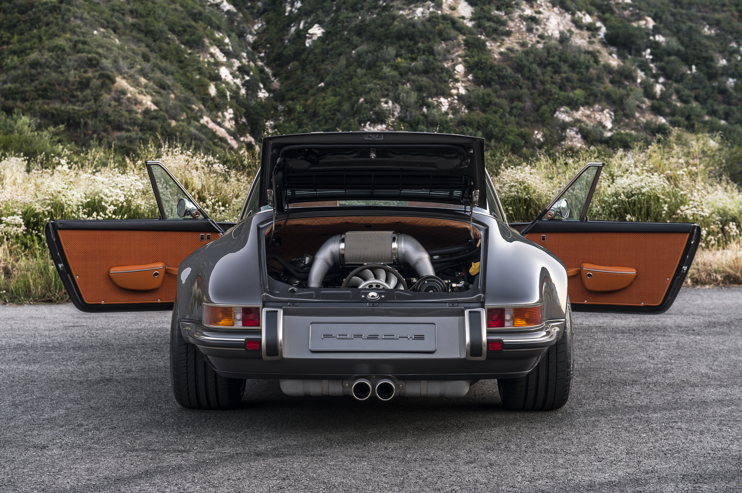 Singer Restored A 911 Targa And It S Pretty Awesome Superunleaded Com