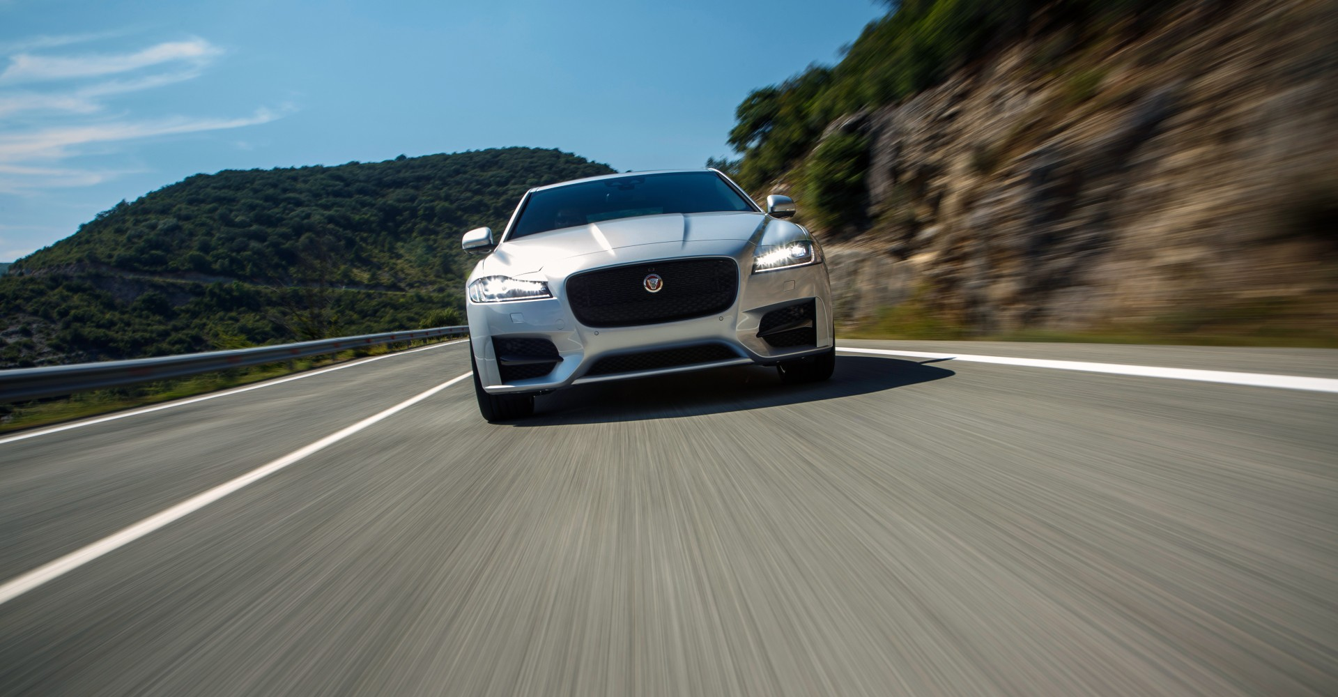 Seven Reasons Why We Love The New Jaguar XF