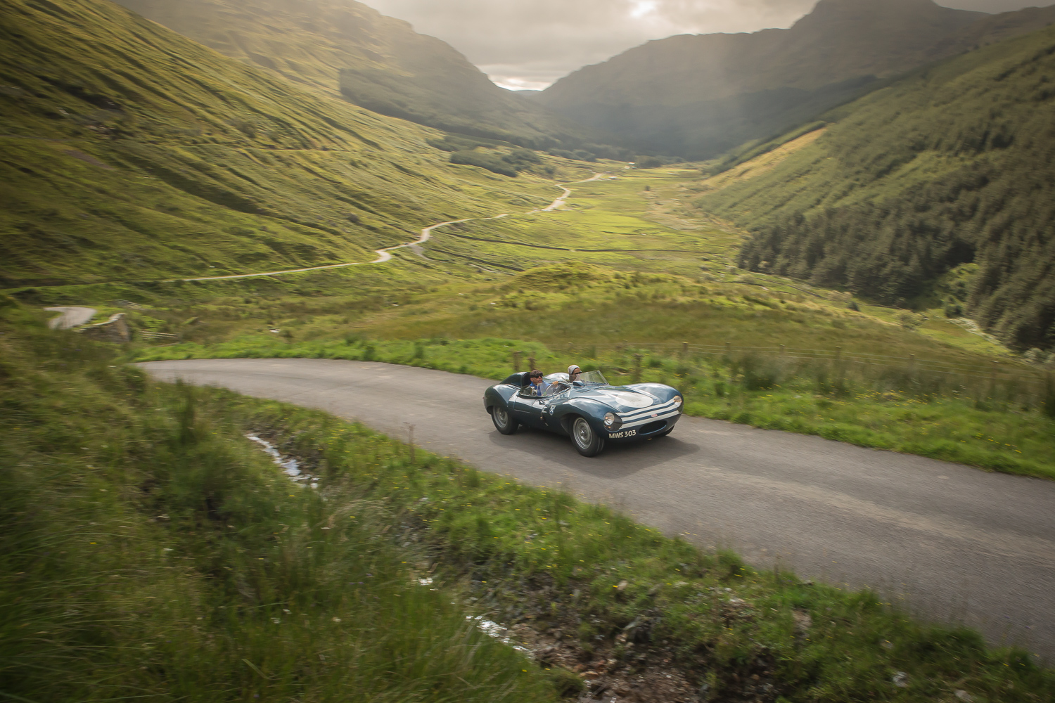Classic Cars Go On Epic Road Trip, We Love The Pics ...