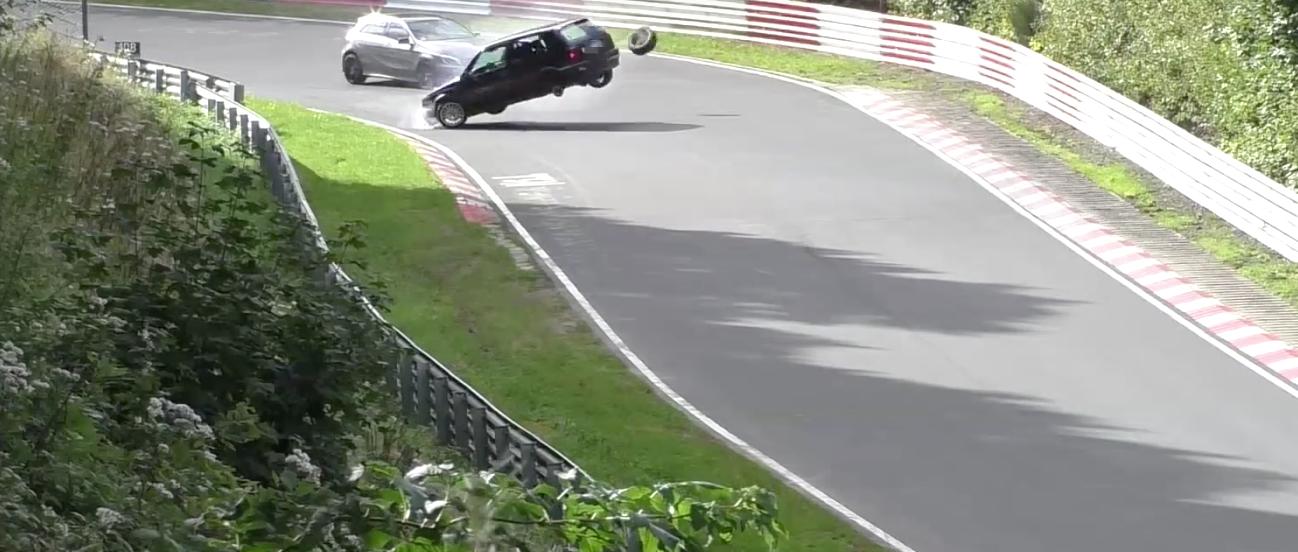 Golf GTI Overtaken By Its Own Wheel At Nurburgring