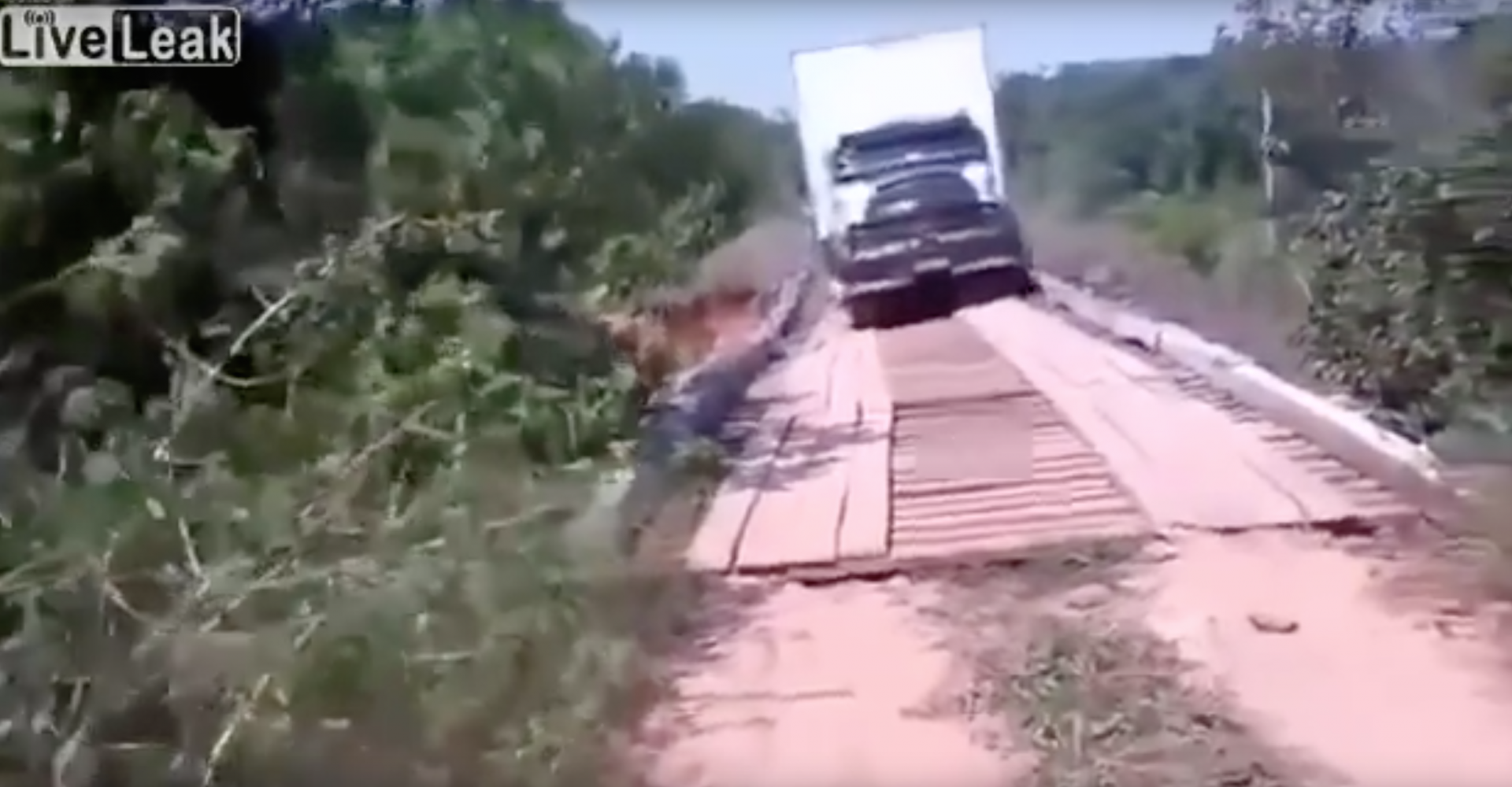 Brazilian Lorry Driver Tackles Wooden Bridge, Fails