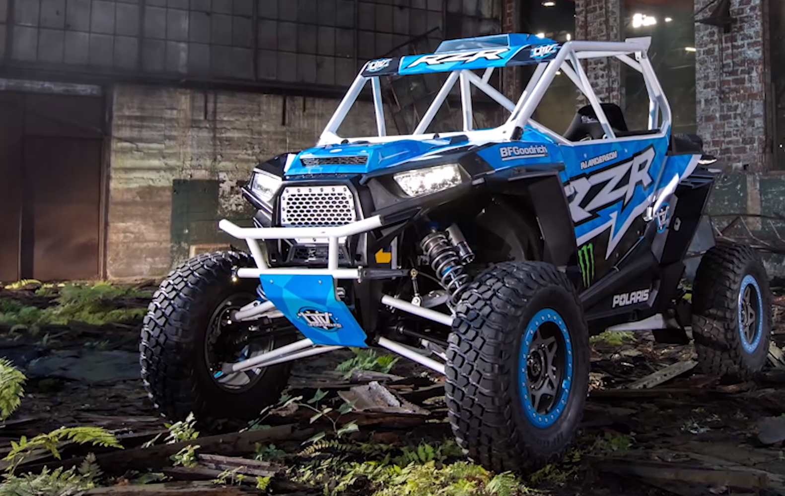 These Death-Defying Stunts In A Monster Buggy Are Just Amazing