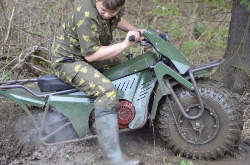 Russians Invent All Terrain Two Wheel Drive Bike Because Russia