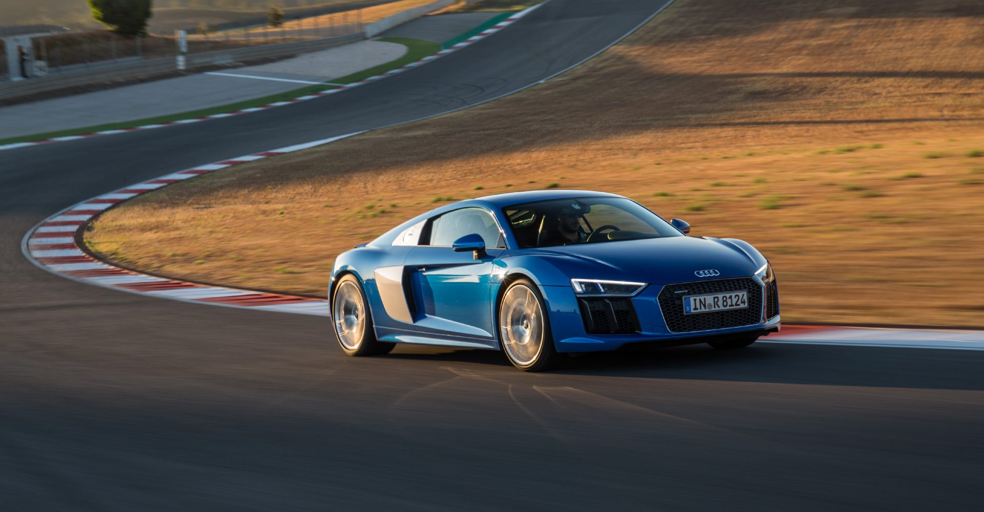 Watch As A 2,200bhp Audi R8 Tries To Hit 220mph