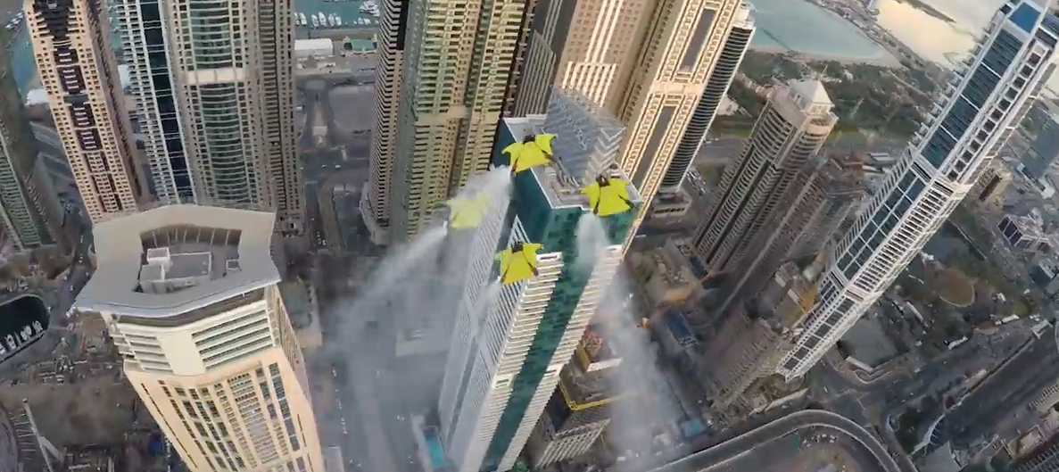 Daredevils Race Through Dubai – But Not On The Streets