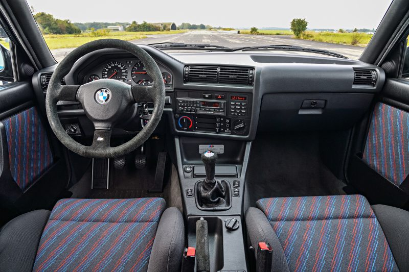 P90236407_highRes_the-bmw-m3-evo-e30-0