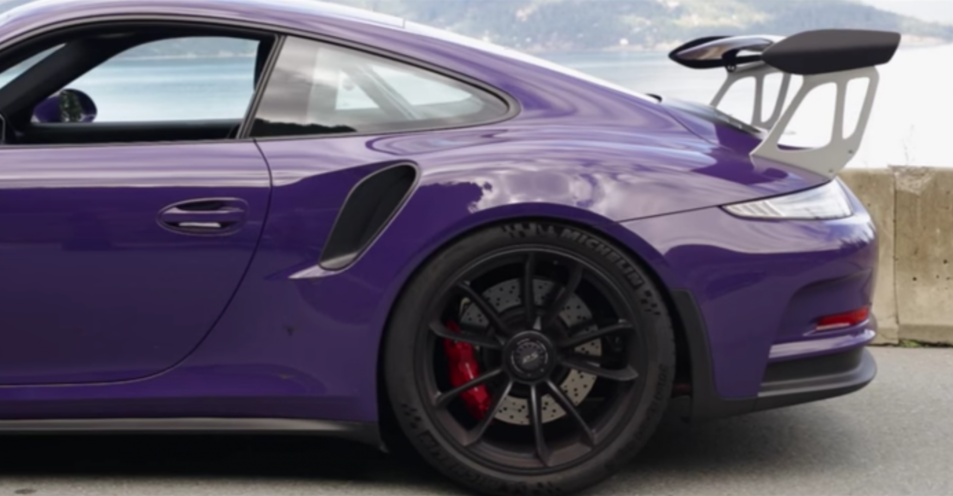 Ultraviolet Porsche 911 GT3 RS Wows In Driving Video