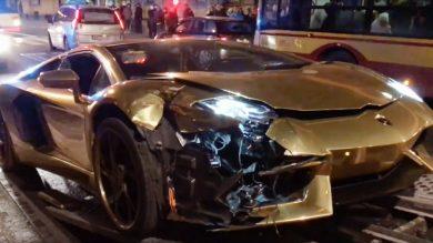 Lamborghini Aventador LP700-4 Roadster crash Warsaw