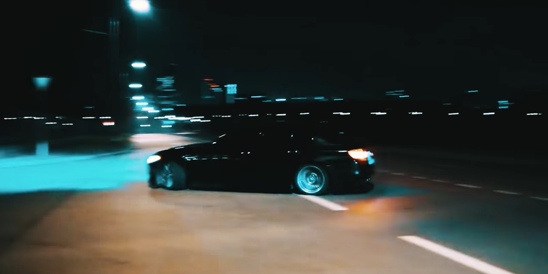 BMW M5 Driver Drifts Around City With Reckless Abandon