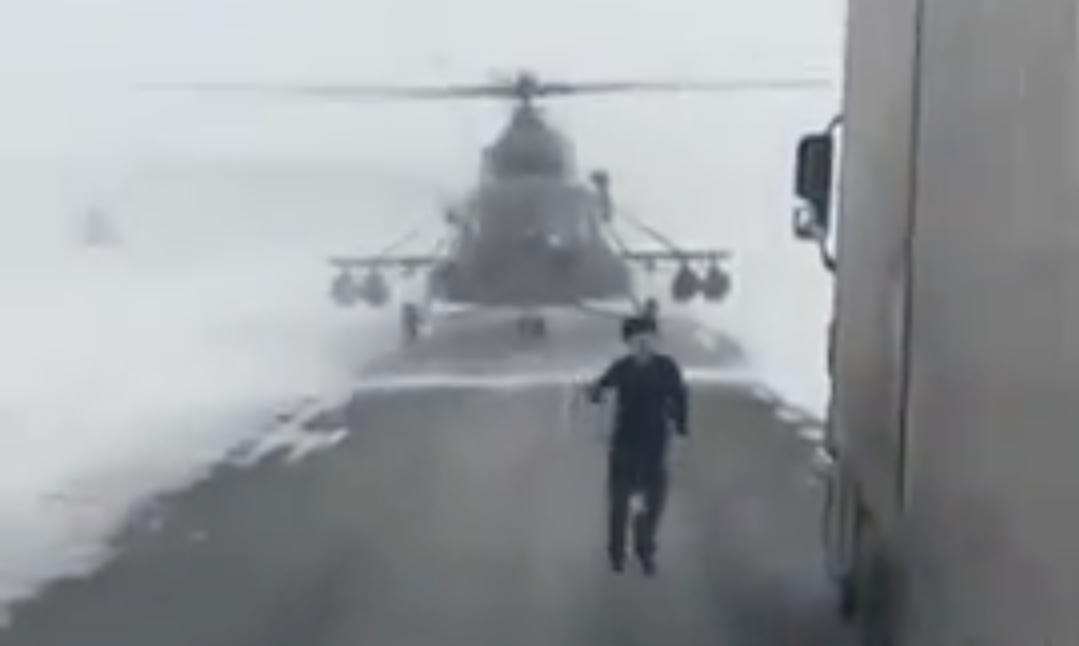 Helicopter Pilot Lands On Road To Ask Trucker For Directions