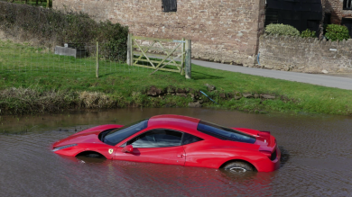 Ferrari Driver Crashes 458 Into Pond