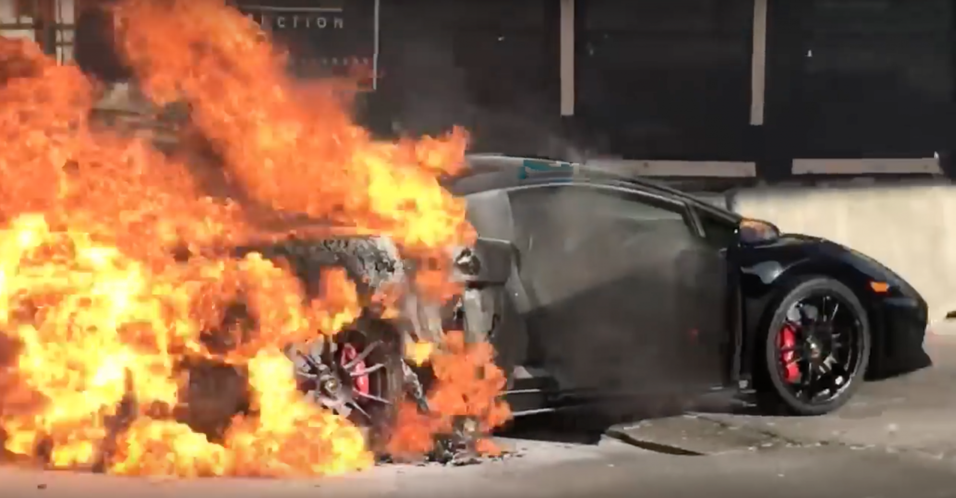Watch And Weep As High-Powered Lambo Burns In Florida