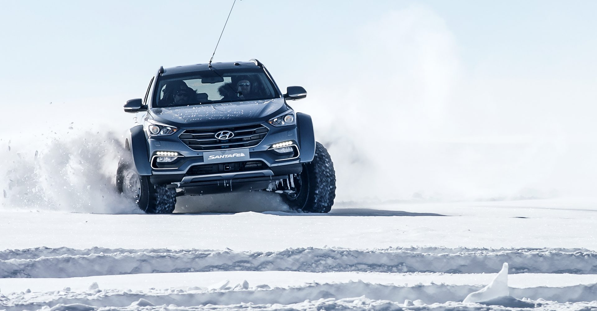 In The Footsteps Of Shackleton – A Hyundai Santa Fe Tackles The Antarctic