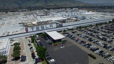 Elon Musk Needs To Sort Out Tesla's Factory Parking