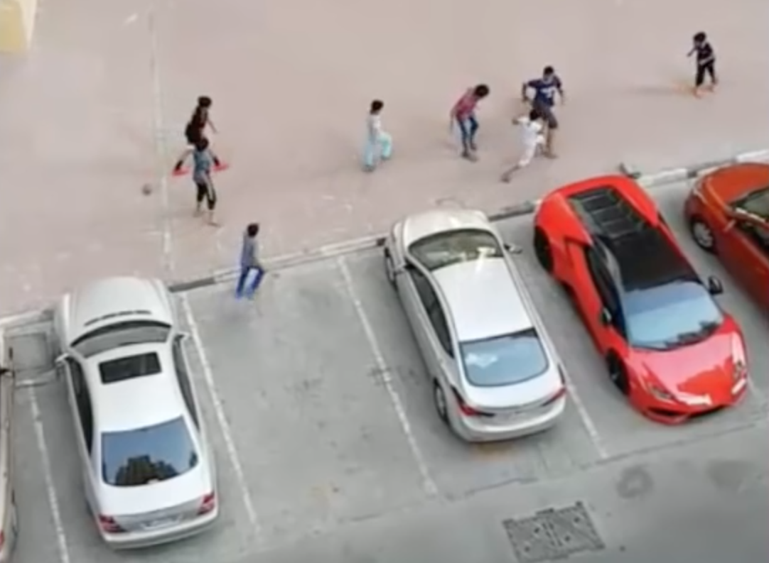 Foul Play! That's No Way To Treat A Lamborghini Huracan…
