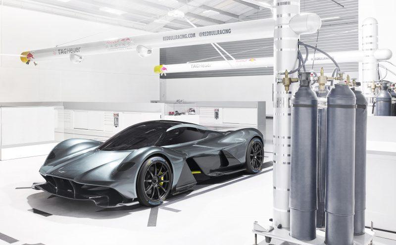 Aston Martin Valkyrie_Michelin_02