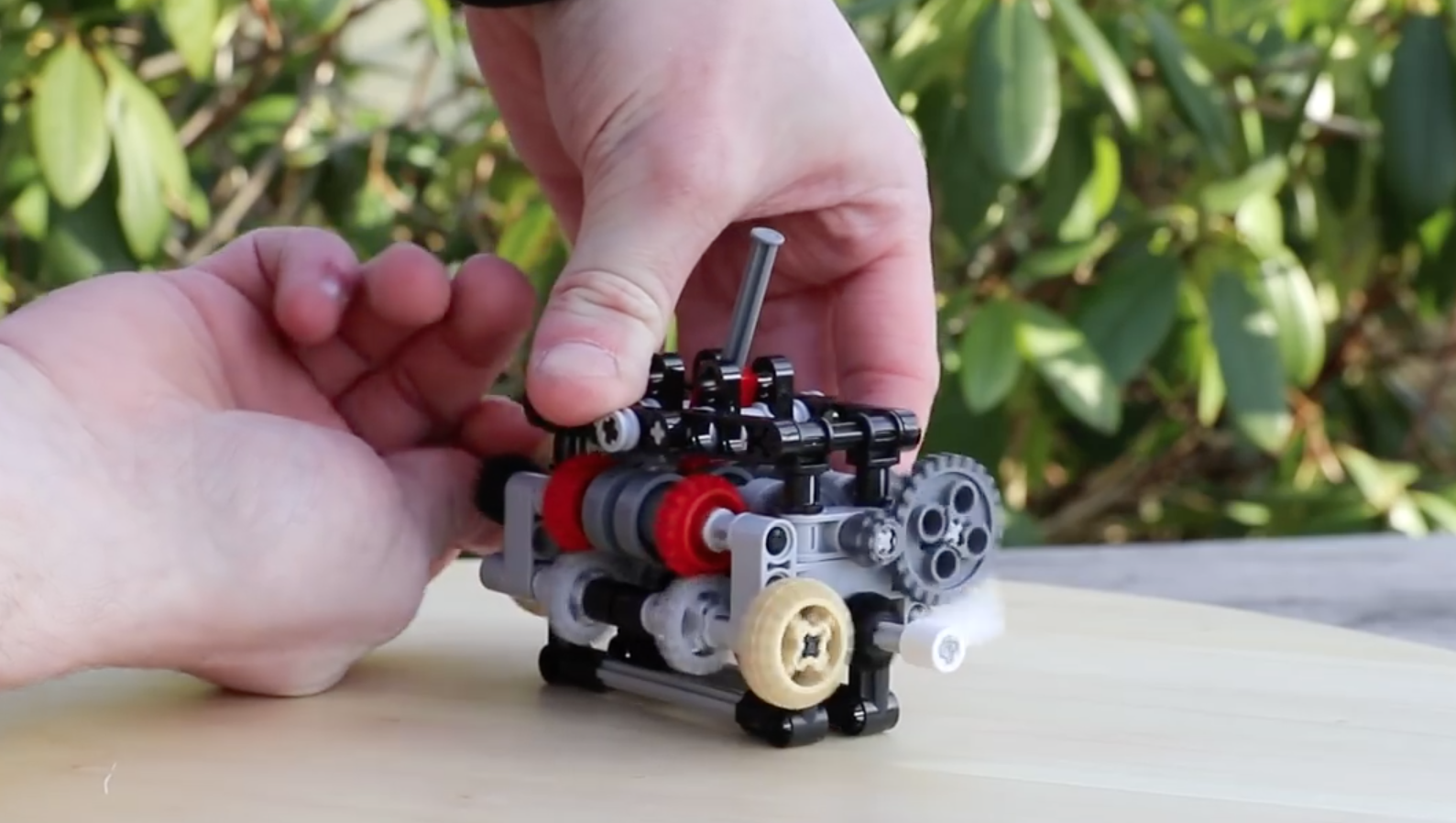 This unbelievable Lego project is actually a working six-speed gearbox!