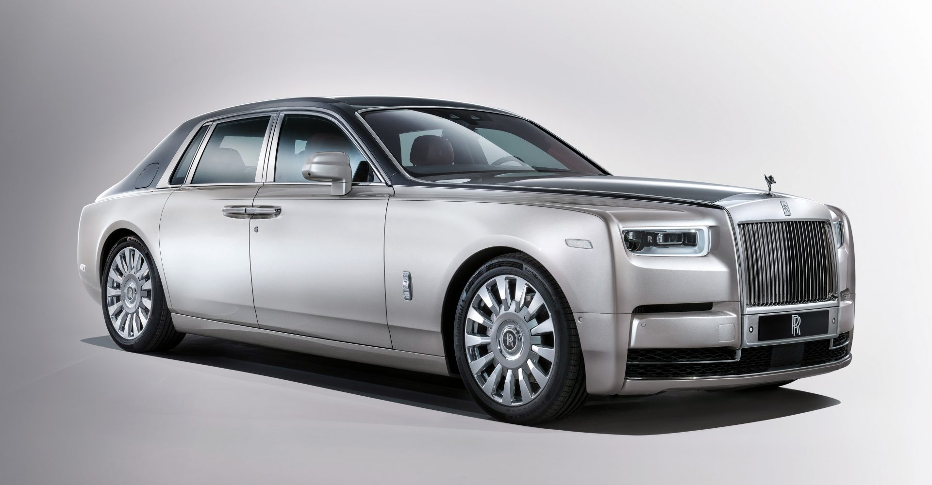 The 6 most ridiculous features of the new Rolls-Royce Phantom
