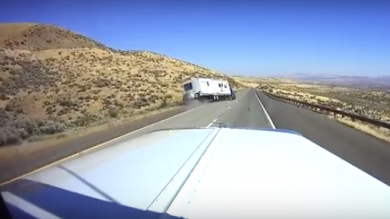 Here's how not to tow a caravan