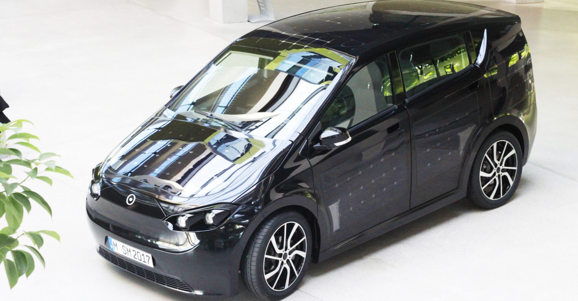 The self-charging car of the future is here and it has built-in solar panels