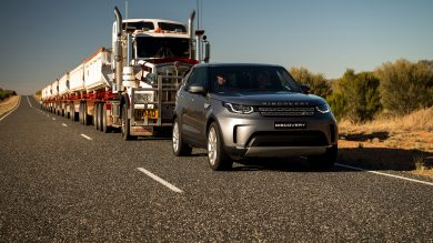 Land Rover Discovery tows 110-tonne road train across Australia