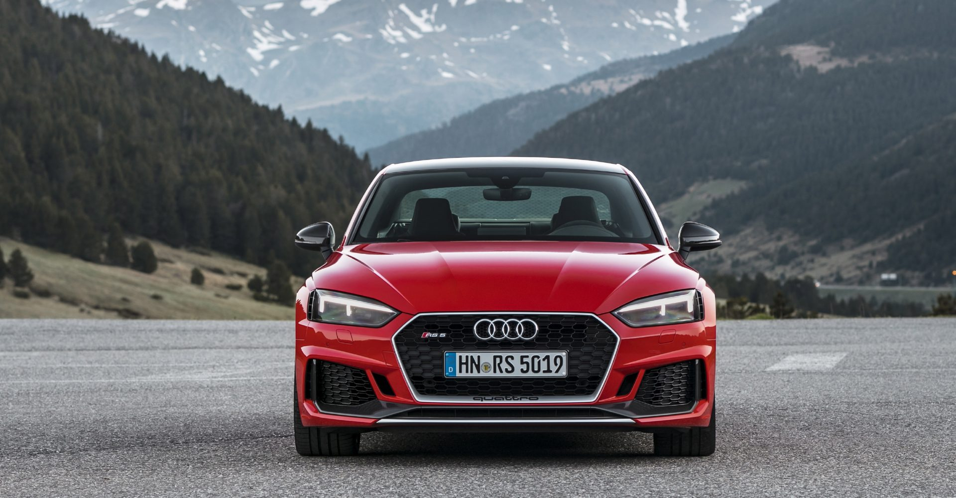 Audi gives the RS5 and RS4 Avant more presence with Carbon Editions