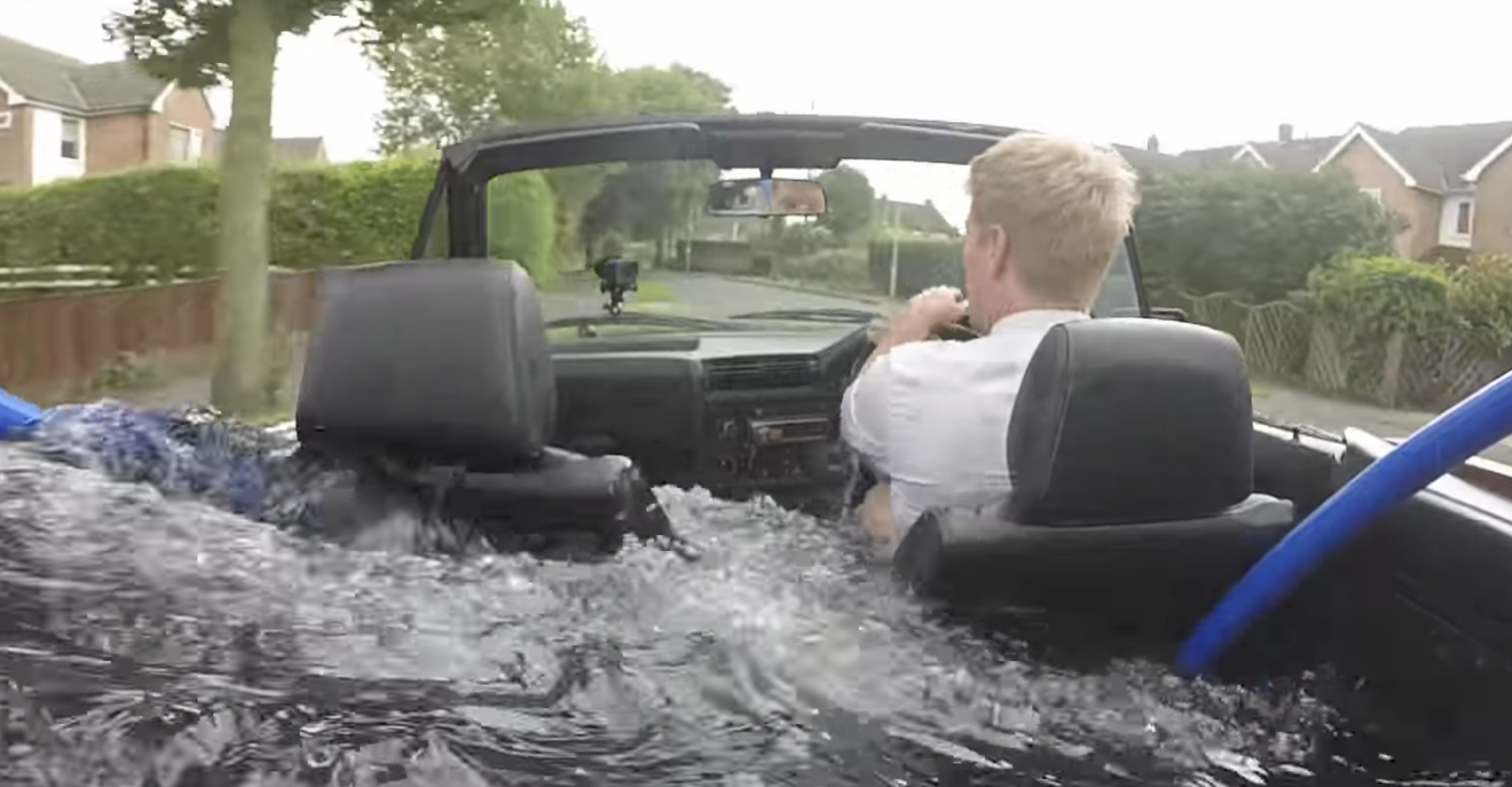 Fancy a bath while you drive? This crazy invention lets you do just that!