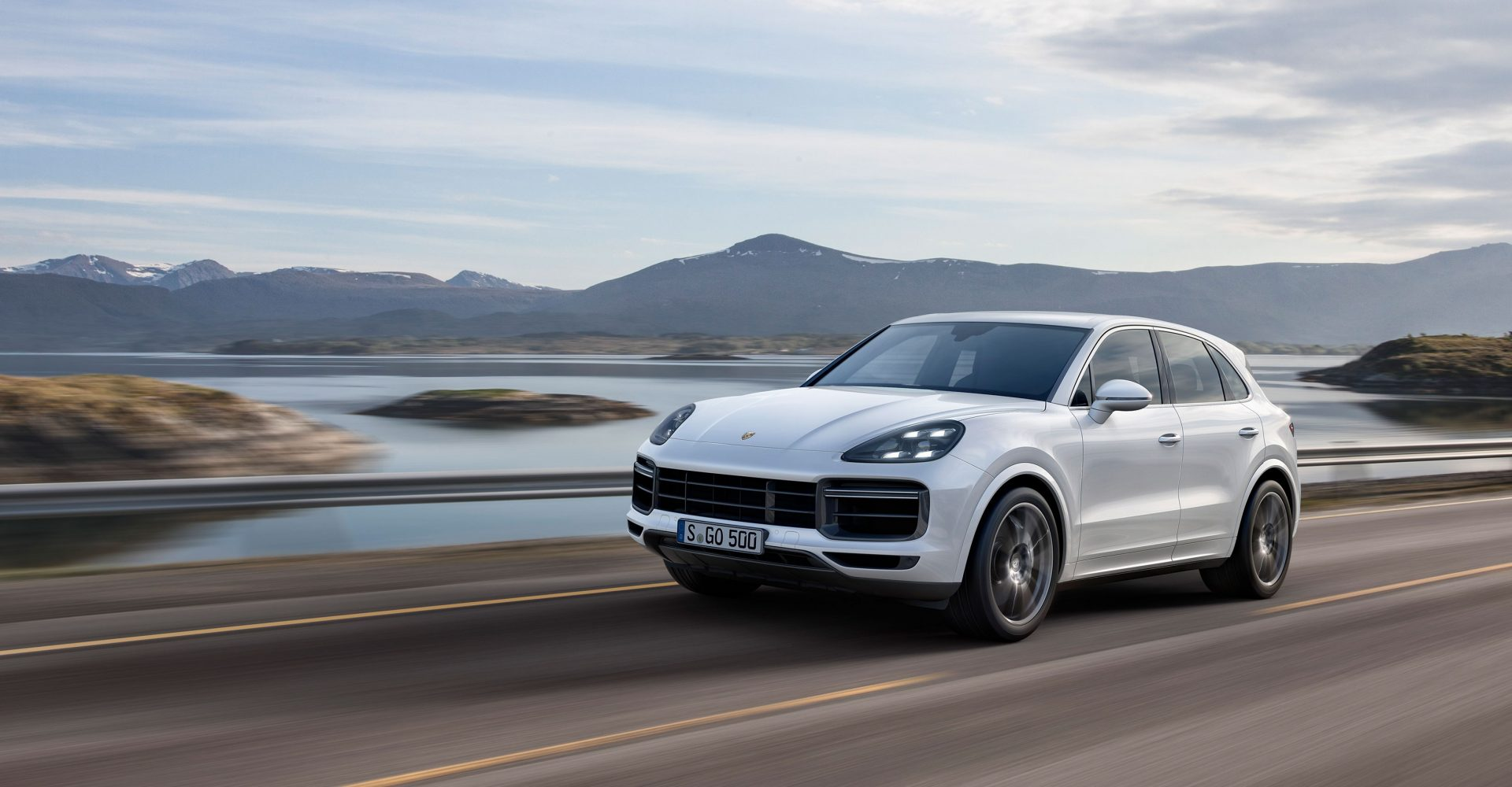 New Porsche Cayenne Turbo takes its place at top of refreshed model range