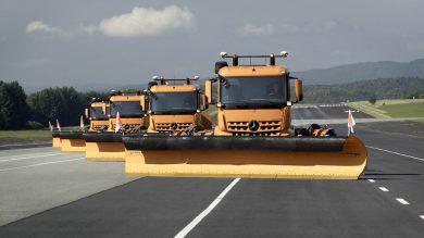 Mercedes-Benz unleashes 75ft autonomous trucks for clearing snow