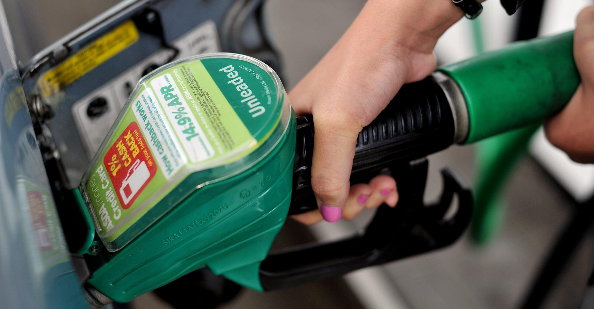 Average petrol price decreases for third month in a row