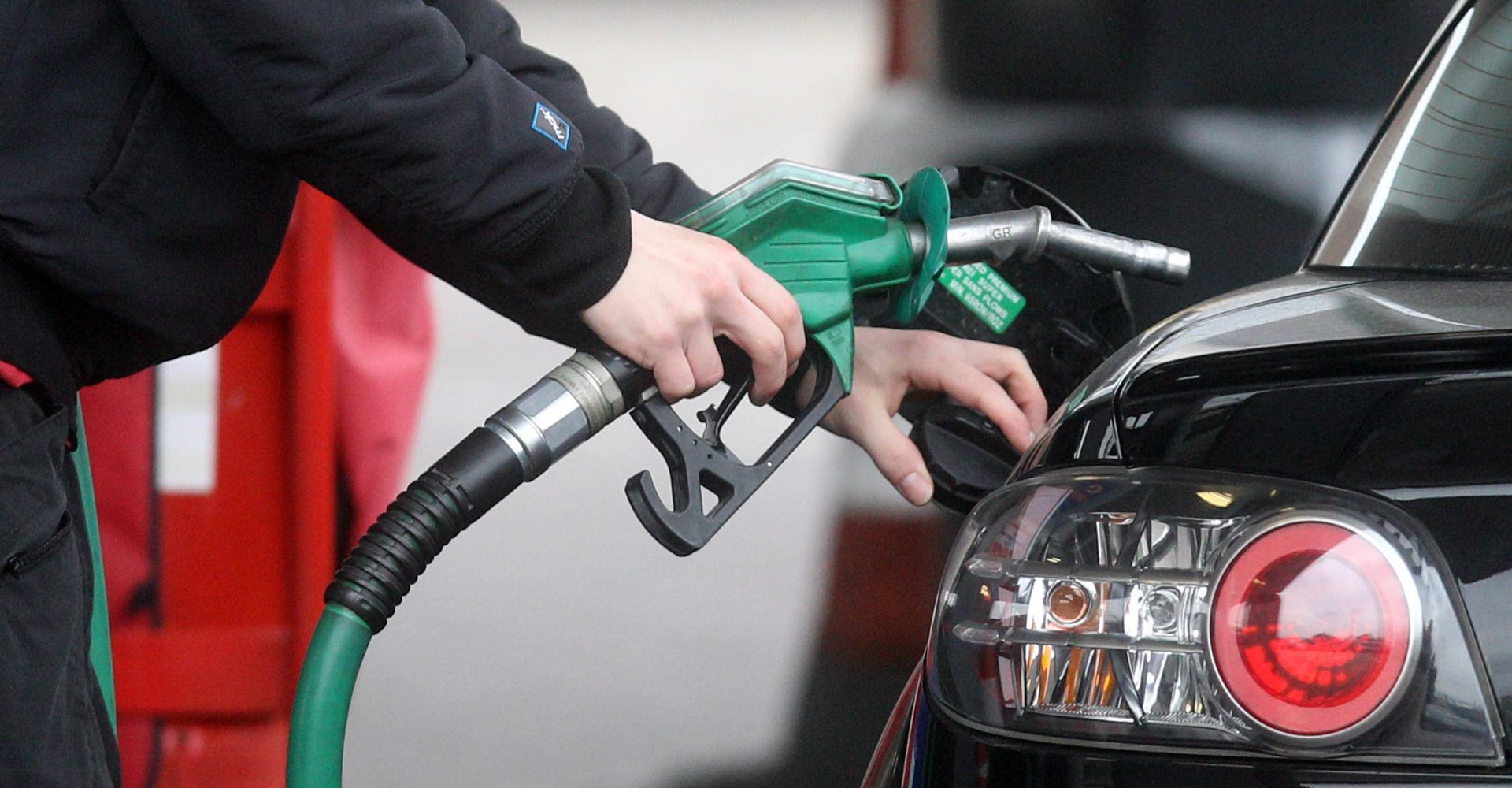 Supermarkets offer new 'discriminatory' fuel coupons
