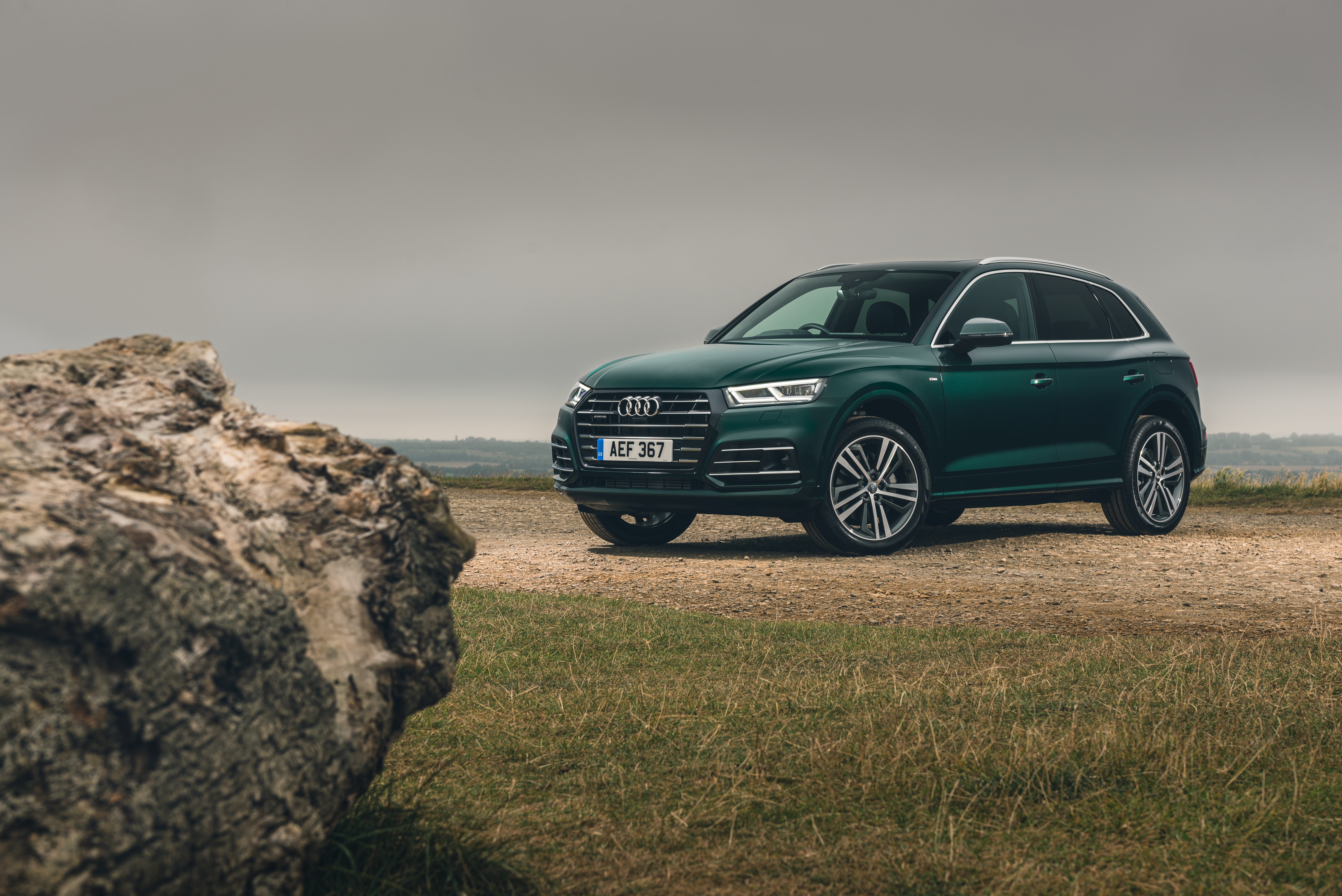 There's little styling-wise to show that the Q5 is a hybrid