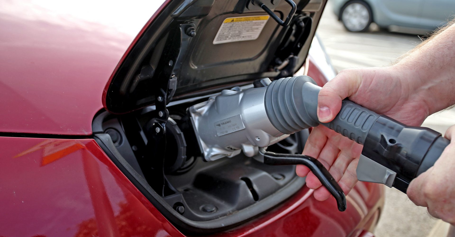 Calls for Government to scrap VAT on electric cars