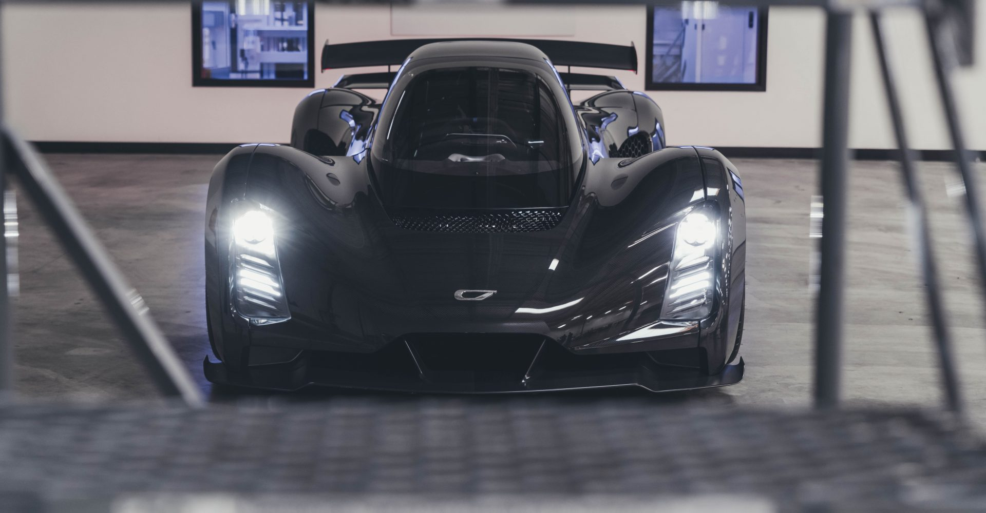 The Czinger 21C is a 270mph hypercar with a 3D-printed chassis