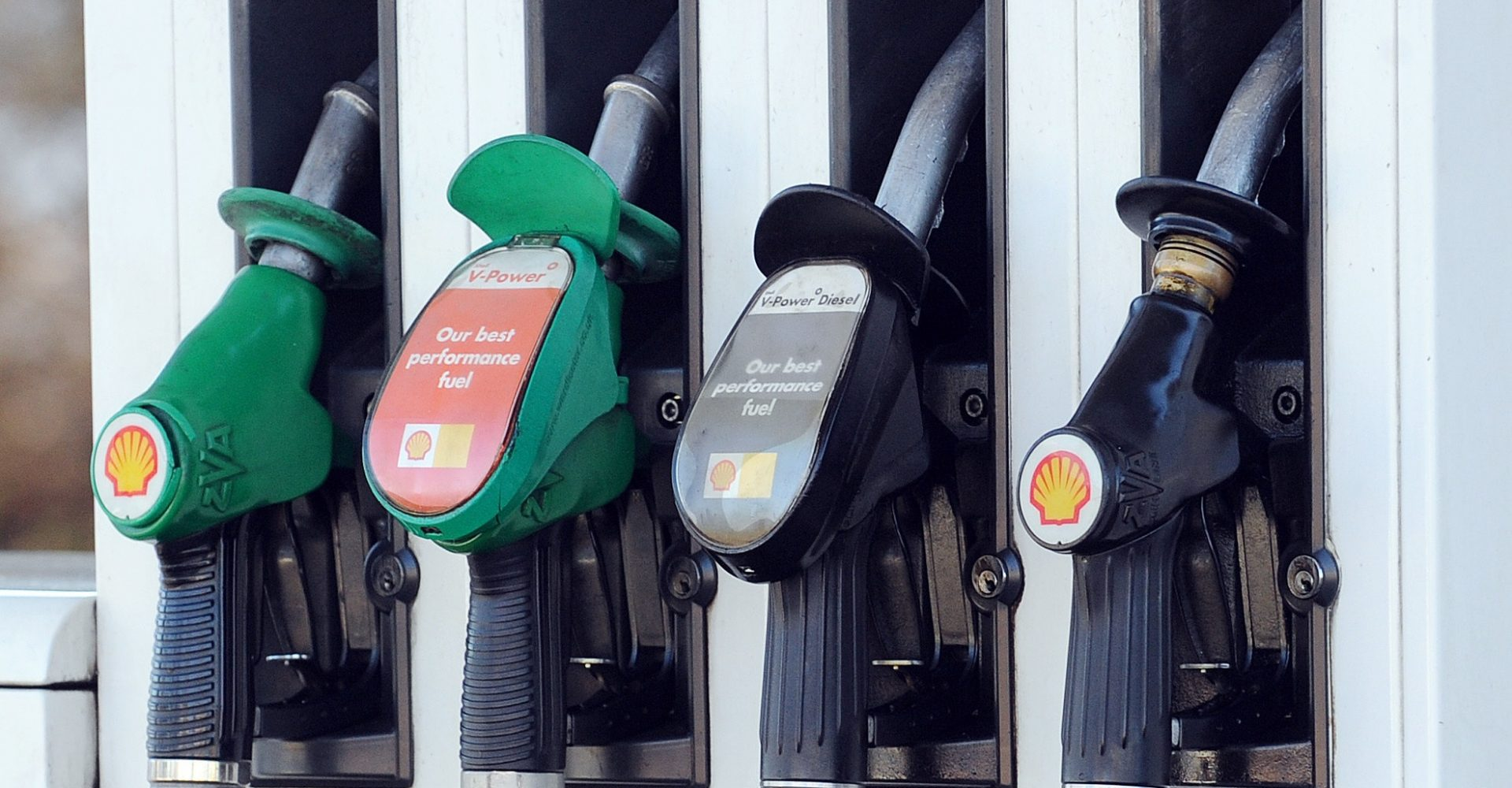 Three in ten motorists don't know whether to go petrol, diesel or electric with next car
