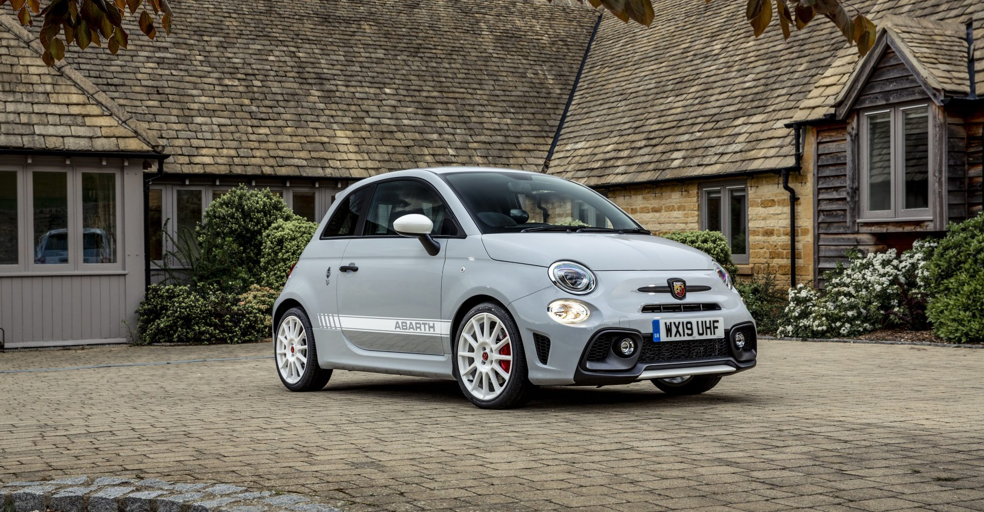 First Drive: Abarth's 595 Esseesse is a flawed but fun hot hatch