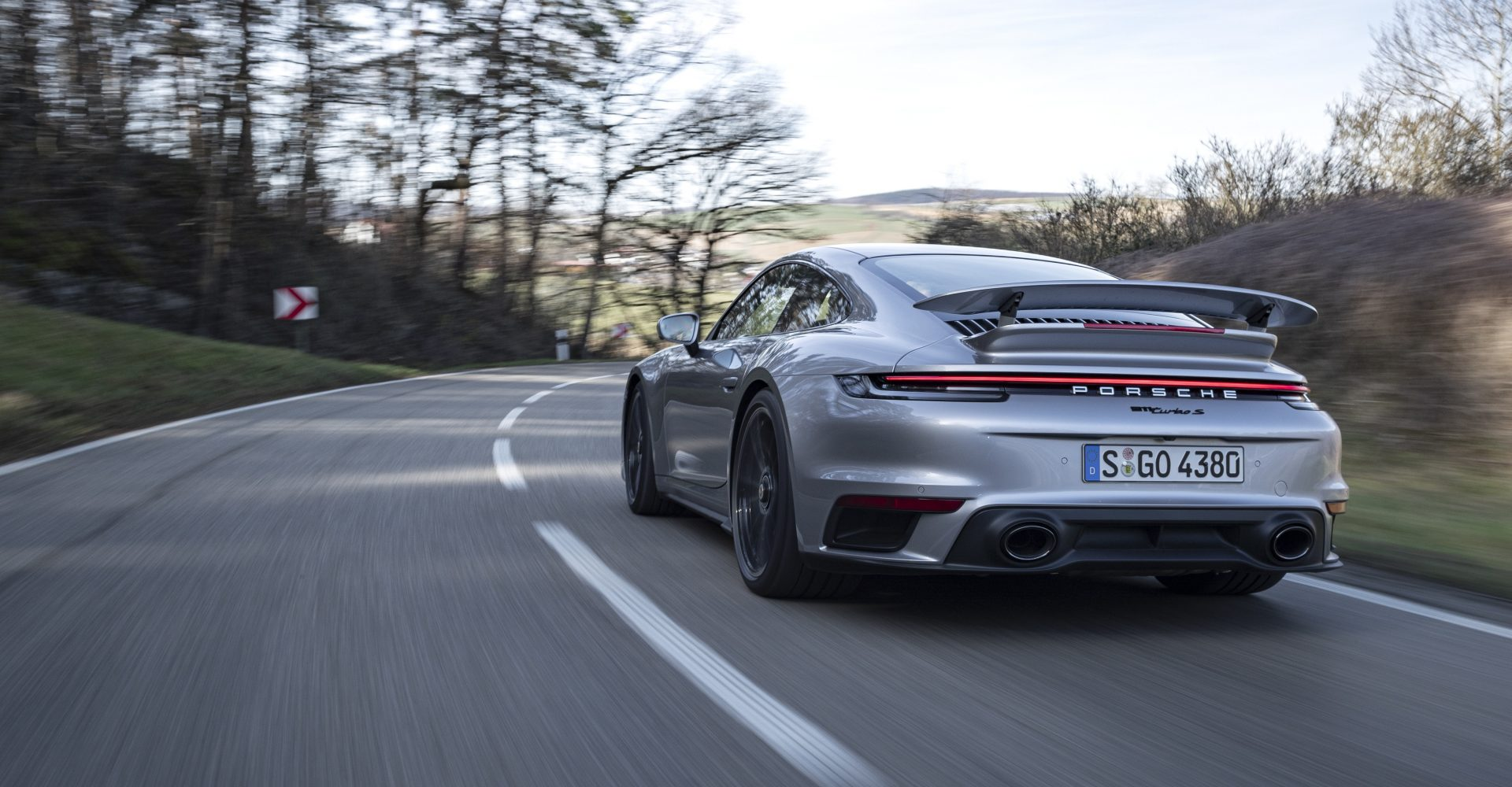 Porsche introduces hardcore Lightweight package for 911 Turbo S