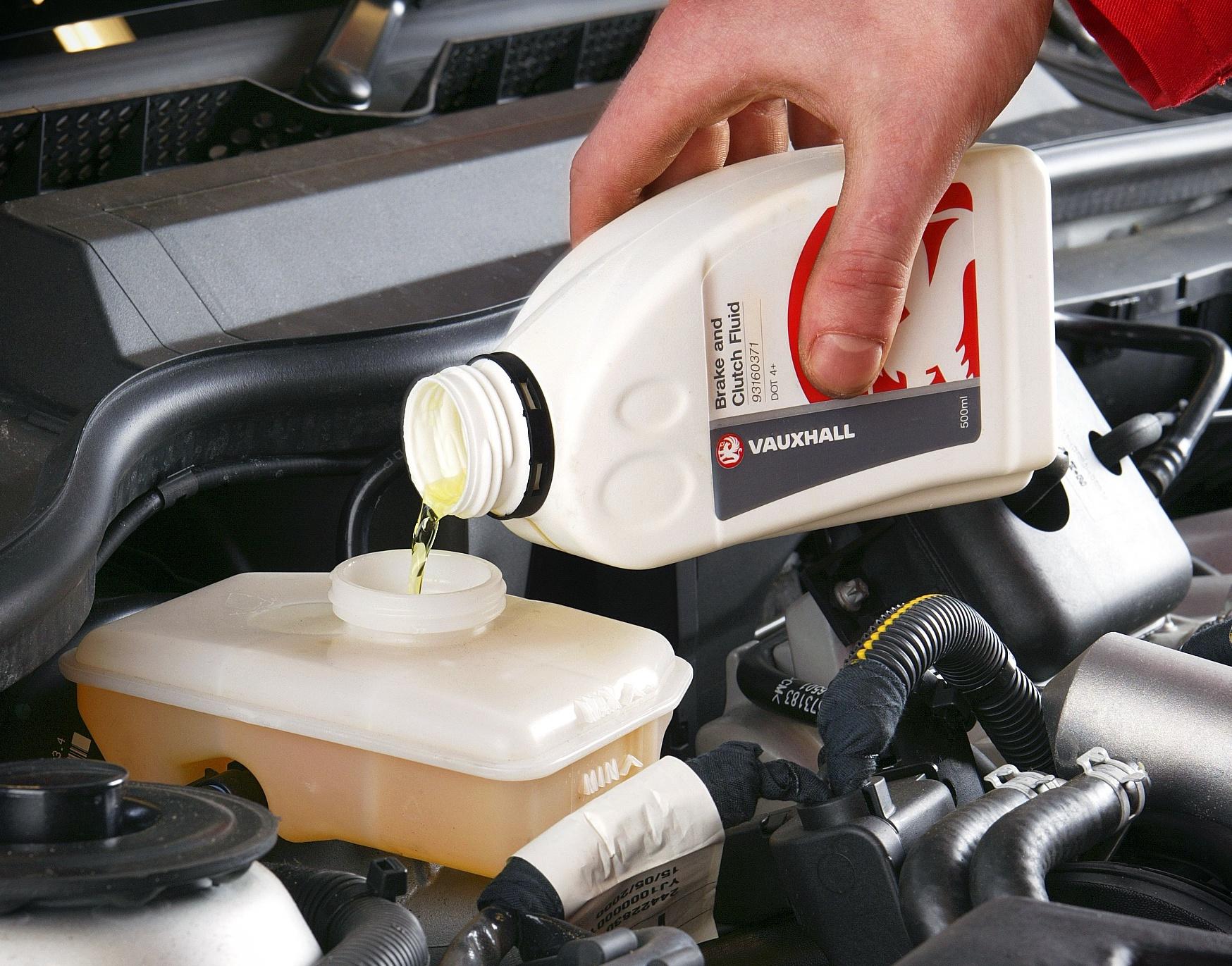 Masterfit brake fluid top up