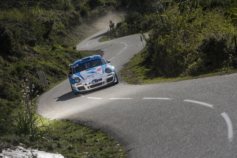 Porsche 997 rally car