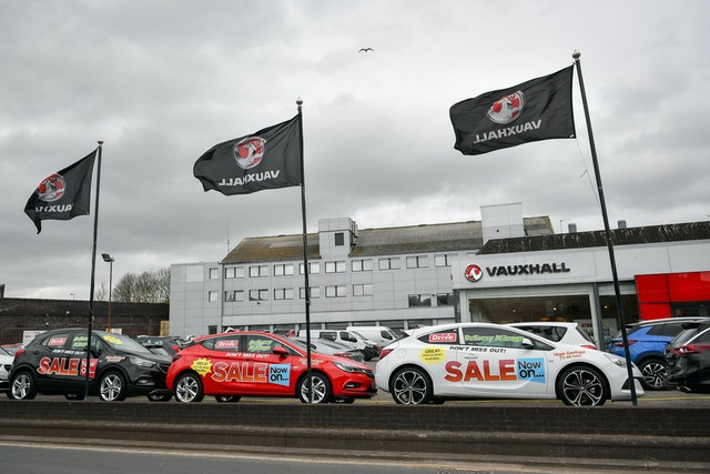 Vauxhall dealerships contracts