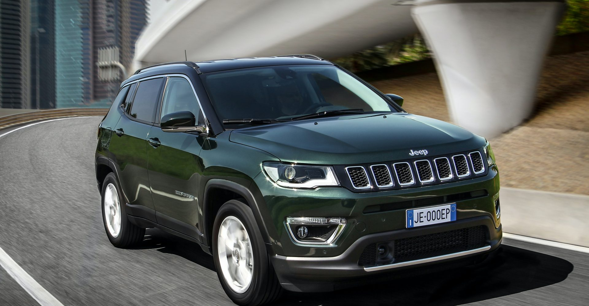 Jeep updates Compass with new efficient engine