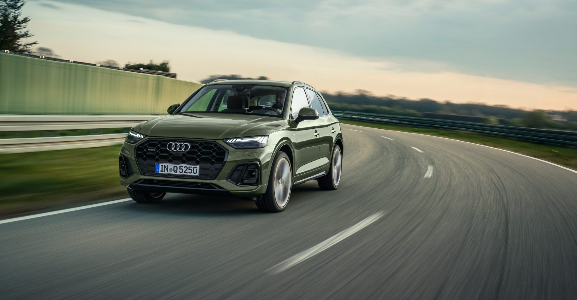 Audi revamps Q5 with new look and more tech