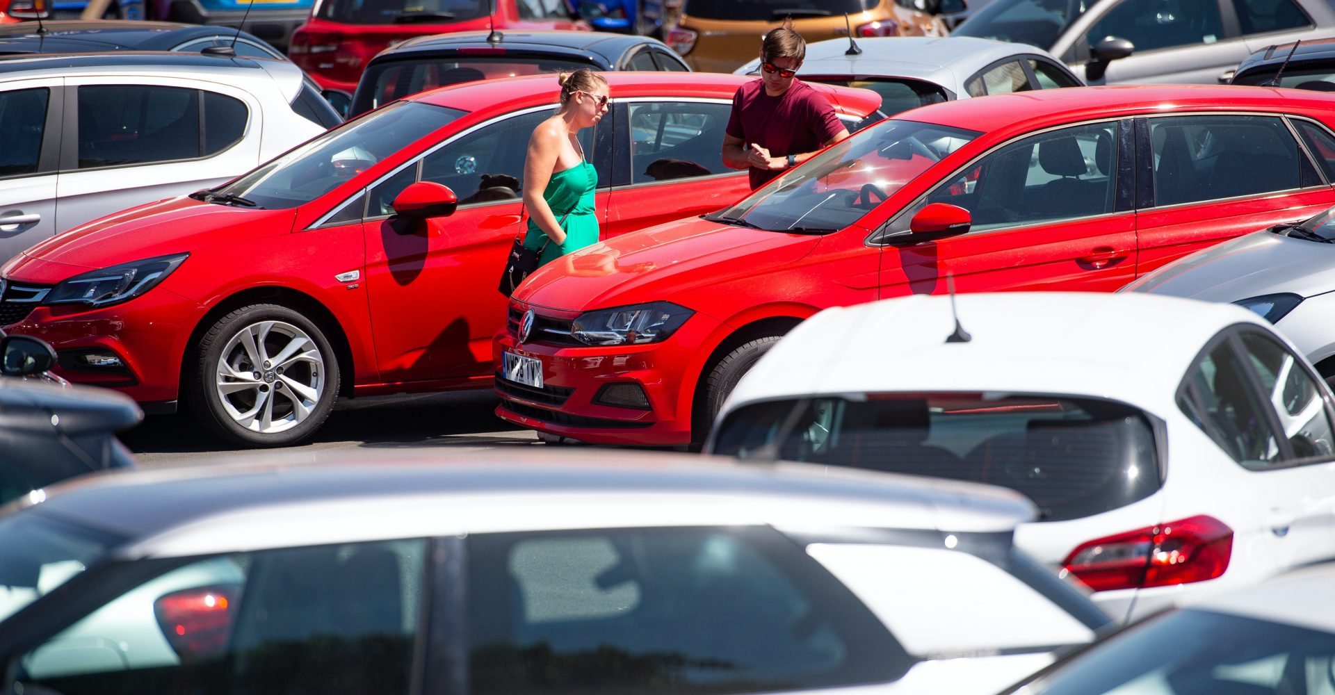 Women account for half of all sales for first time ever, reports online car marketplace