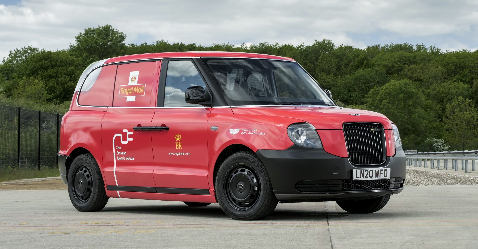 Royal Mail to trial electric vans for deliveries
