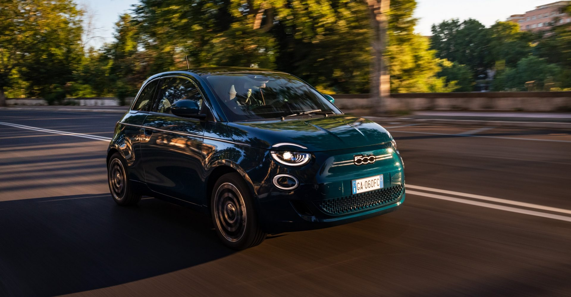 Production begins for new electric Fiat 500